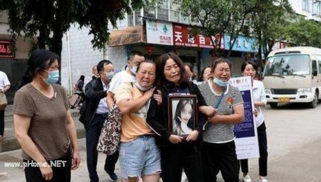知情人称南京被害女生曾想秋天结婚 女生被害后男友曾微信寻人