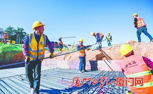 创造家的氛围 用心把人留下来各建设单位项目部多措并举,保障建筑工人留厦过年权益