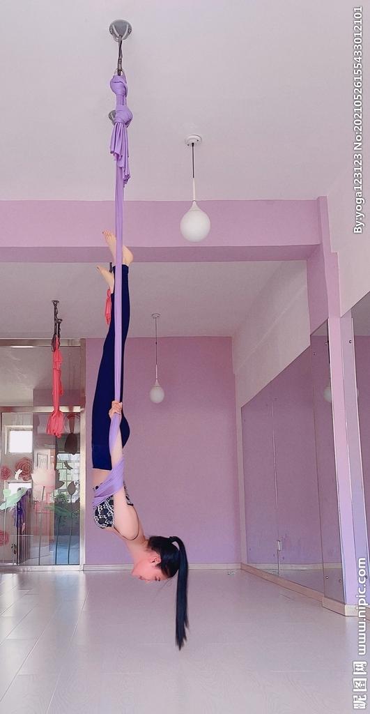 王飞瑜伽图片
